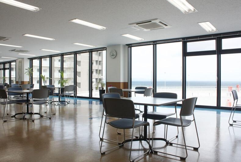 沖縄本社(第1ビル)沖縄の海が見える休憩室