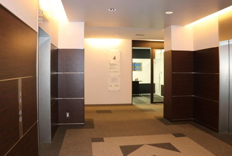 仙台本社 エレベーターホール